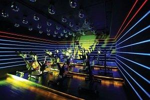 El gimnasio de lujo Les Cinq Gym lanzó QCycle