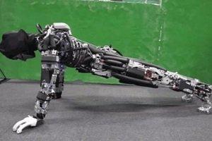 Crean robots que hacen ejercicio físico y transpiran
