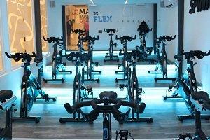 Flex Club de Uruguay estrena sala de Spinning