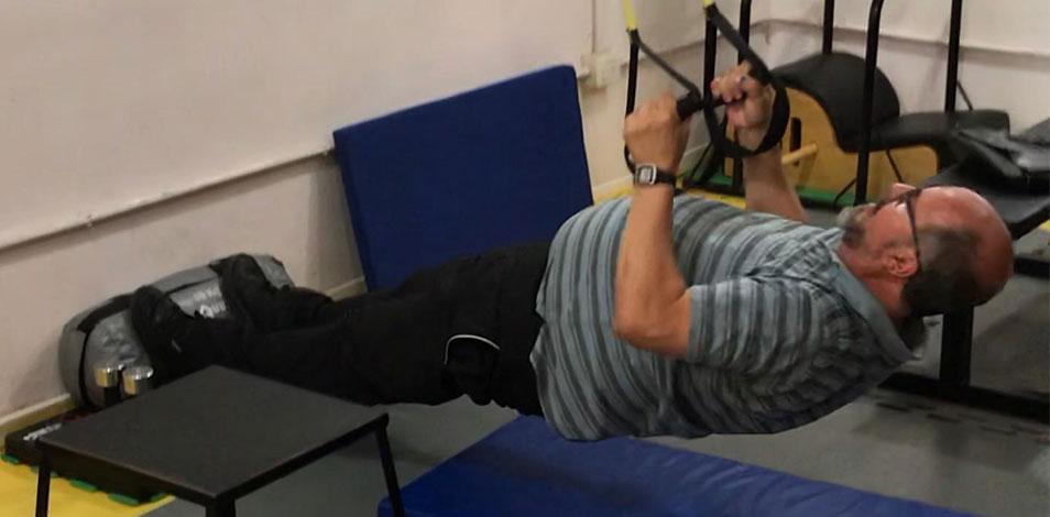 En Villa Urquiza funciona un centro de gimnasia para mayores de 40 años