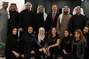 VivaFit abre su primer gimnasio con sala de oraciones en Kuwait